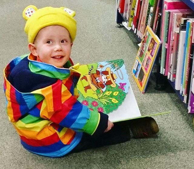 Seeing little Blaise enjoying his books this morning is enough to brighten anyones day!#gylibrary #guernsey #library #libraries #librariesofinstagram #librarylife #childrensbooks #children #picturebook #readingrainbow #icansingarainbow