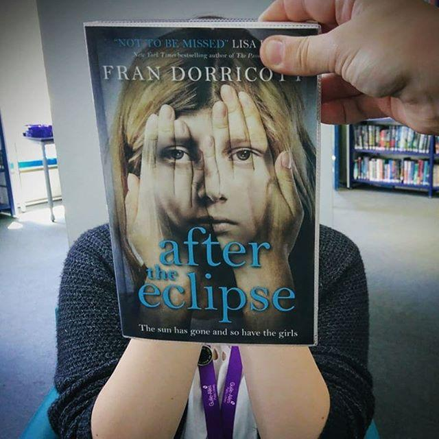 Dont look now its #bookfaceFriday and the weekend is just around the corner!#bookface  #showmeyourbookface #bestofbookface #librariesoftheworld #library #libraries #librariesofinstagram #frandorricott #aftertheeclipse