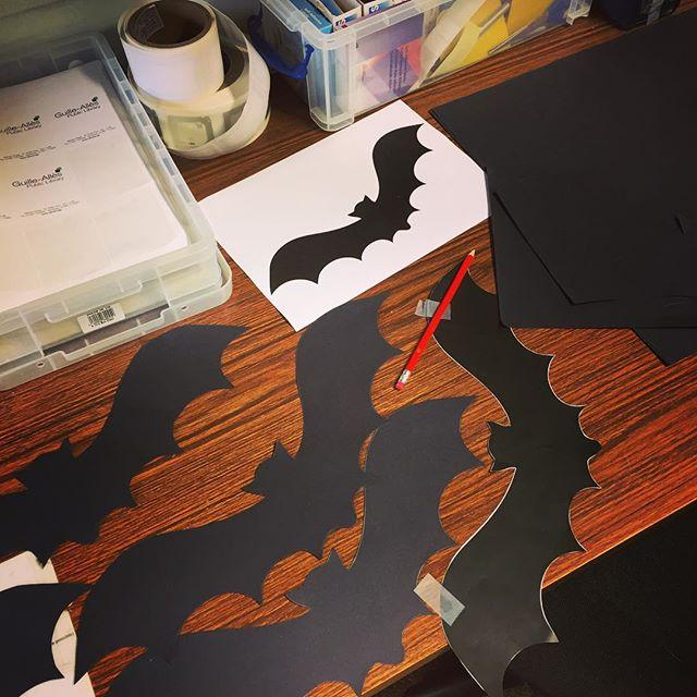 A day in the life of a library assistant. Its not all #halloweenprep #behindthescenes