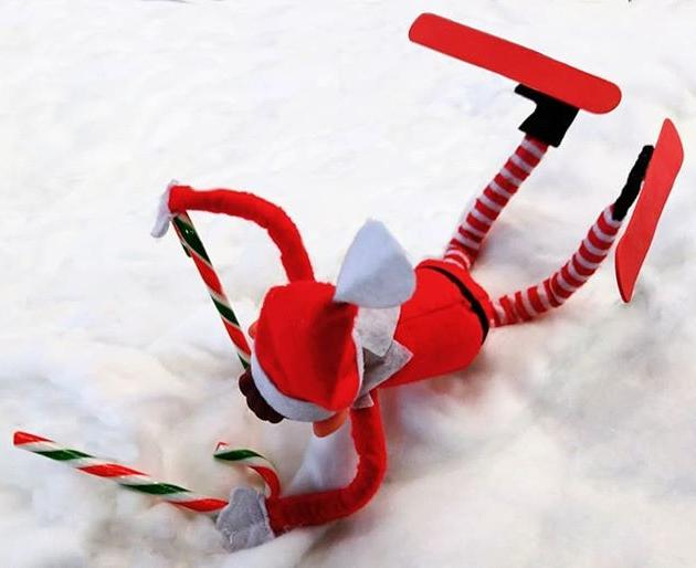 Never play icespy on a ski ramp, kids.#gylibrary #library #libraries #librariesofinstagram #librariesofig #guillealles #guernsey #channelislands #elf #elfontheshelf #elfonashelf #elfontheshelf2018 #elfonashelf2018 #elfontheshelfideas #christmas #christmascountdown #xmas #ski #skiing #candycane